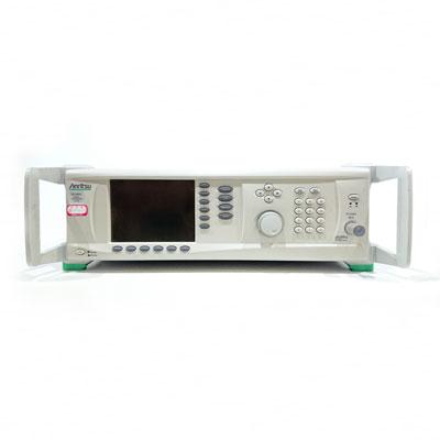MG3692C/5 RF/マイクロ波信号発生器