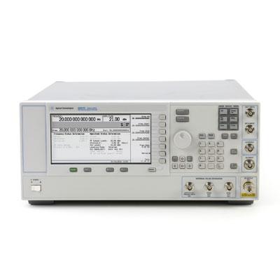 E8257D/007,1E1,1EU,540,UNT,UNW,UNX マイクロ波シグナルジェネレータ
