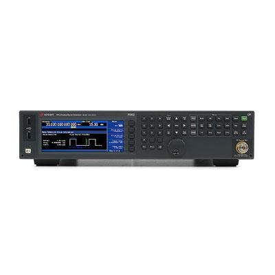 N5183B/1EA,1ER,320,520,UNW,UNY,CVR マイクロ波アナログ信号発生器
